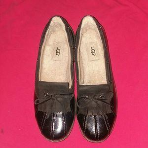 UGG rain shoe 10